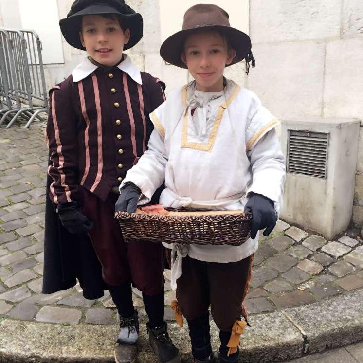Kids taking part in parade - Weekend in Geneva