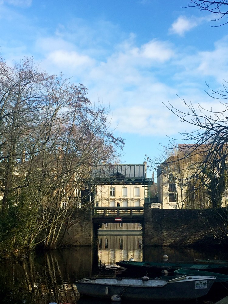 Little bridge on Ile de Versailles