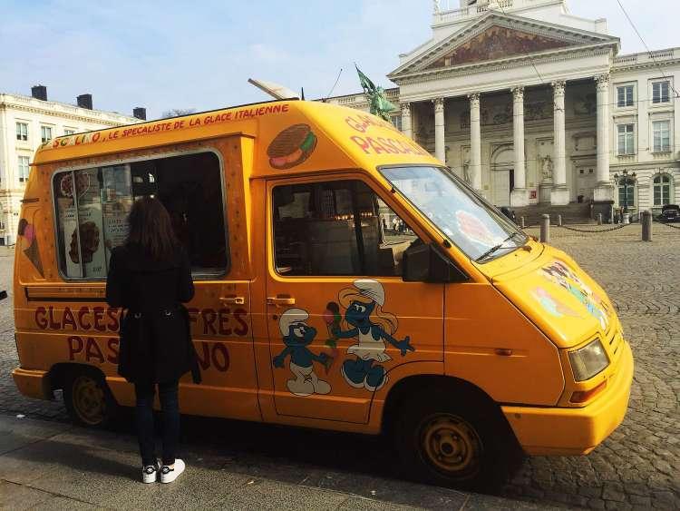 Waffles van - Brussels attractions