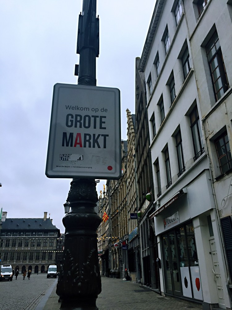 Grote Markt sign - Belgium photo diary