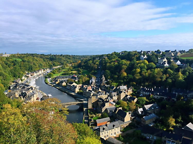 Dinan port - Guide to the best tourist attractions, places in Brittany