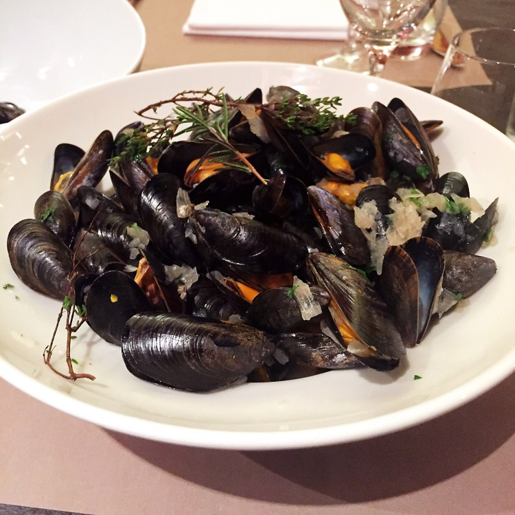 Moules marinières - Guide to the best tourist attractions, places in Brittany