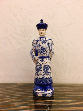Chinese doll at Crowne Plaza - Things to do in Montpellier