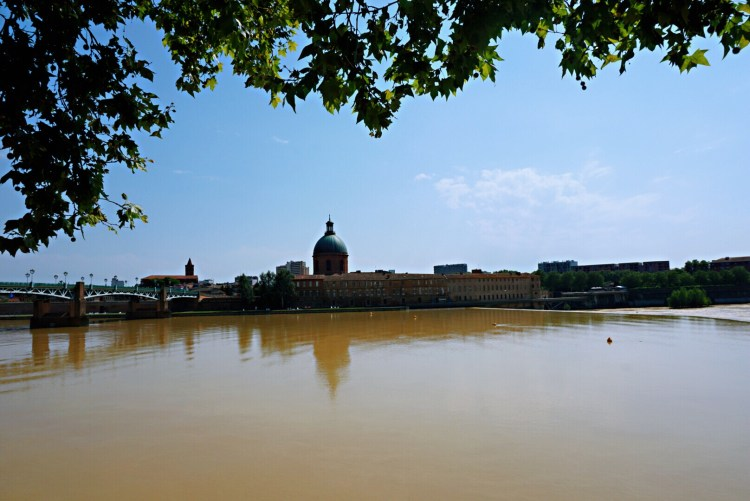 Garonne river - How to spend 24 Hours in Toulouse