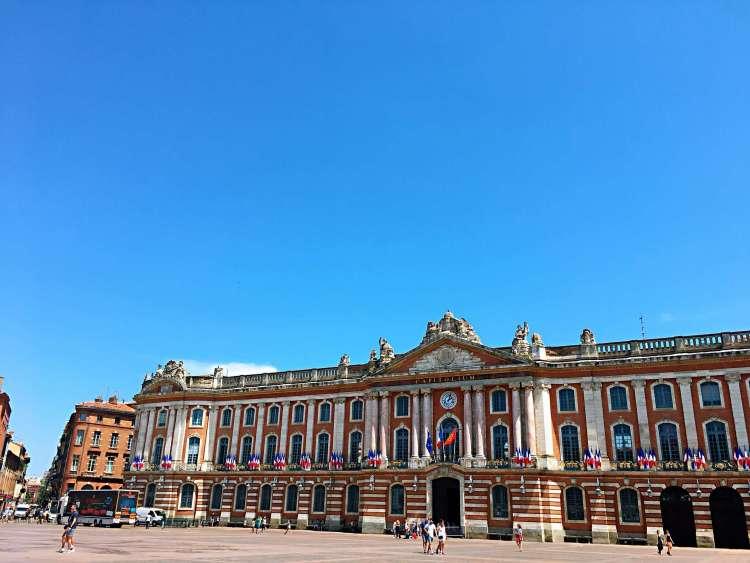 Place du Capitole, Toulouse - Visit Occitanie