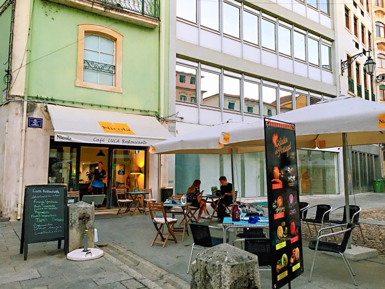 Cafe Luca - One day in Coimbra