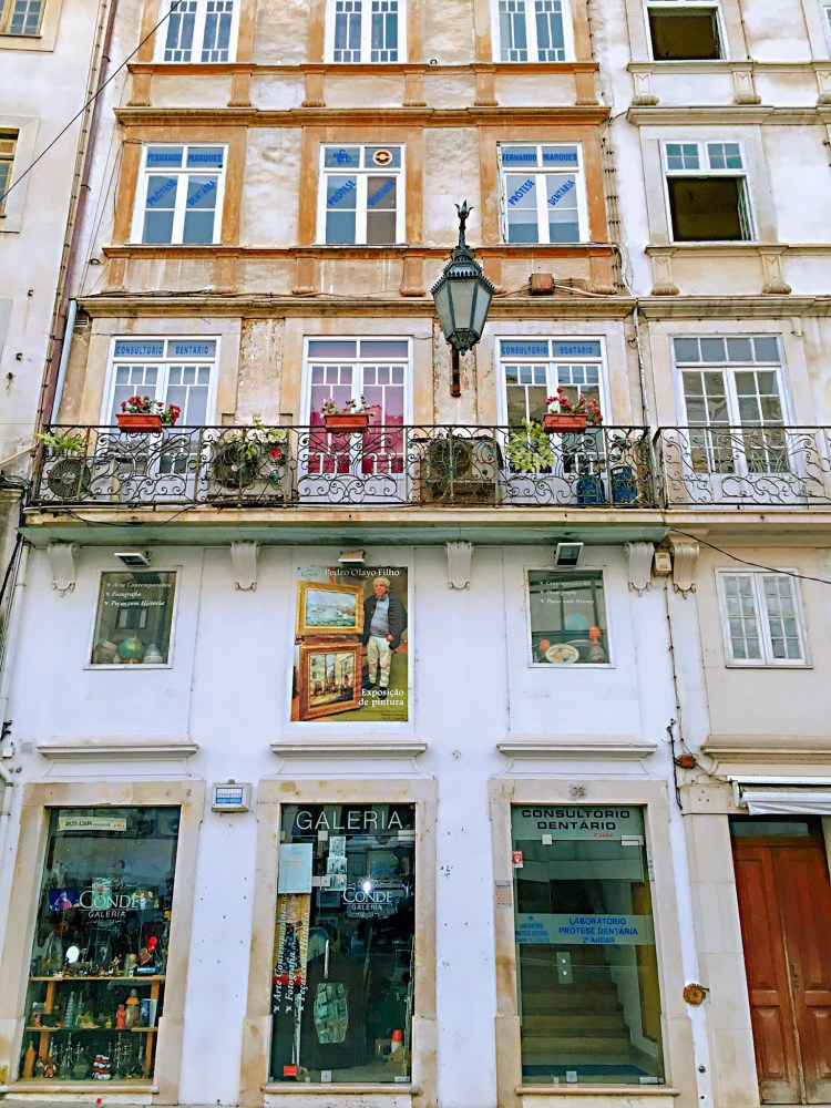 Charming building facade - One day in Coimbra