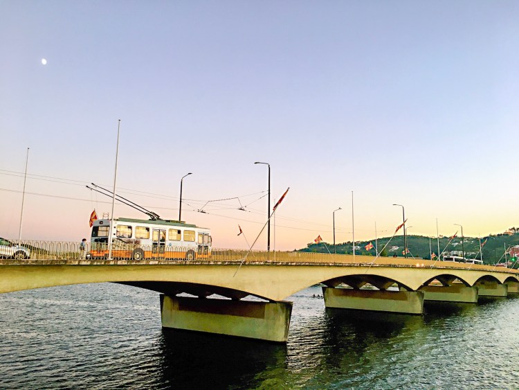 BusBridge crossing the Mondego river - One day in Coimbra