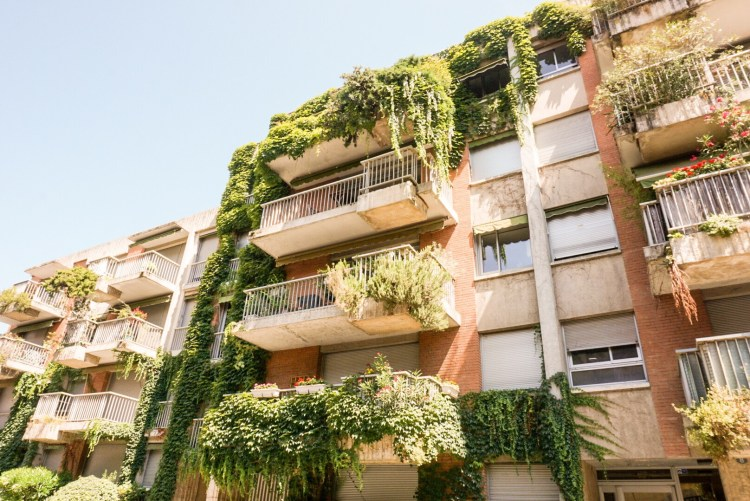Eco building - Toulouse travel guide