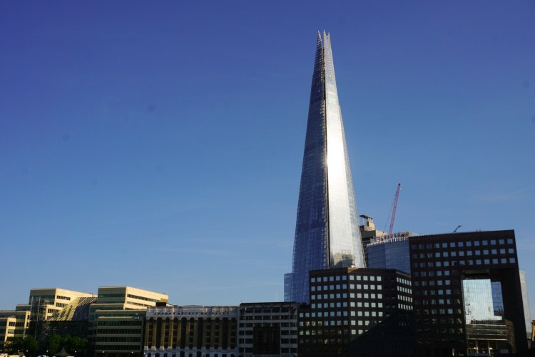With our guide, discover the best things to do in London Bridge from seeing panoramic views of London at The Shard to tasting good food at Borough Market, don't miss out this popular area of London.
