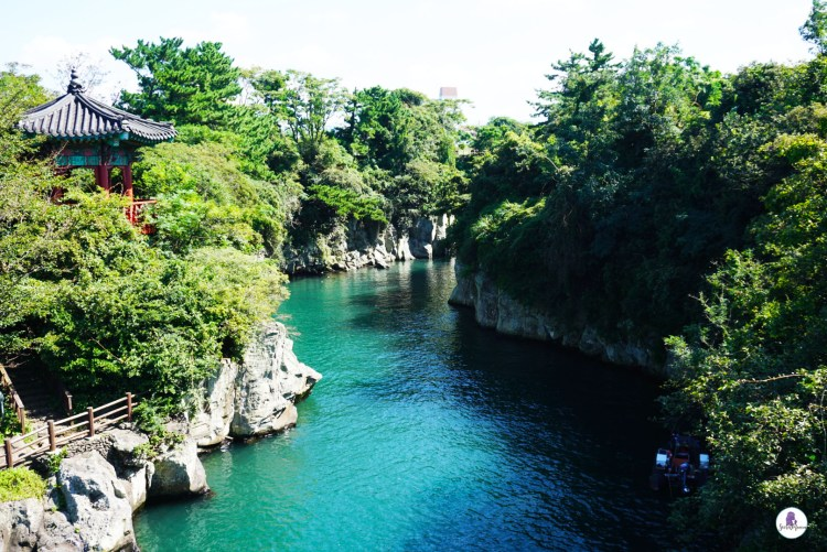 Jeju itinerary: Picturesque Yongyeon Pond