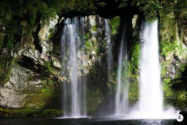 Jeju itinerary: Cheonjiyeon Waterfall