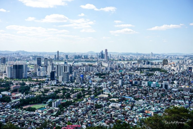 Seoul's skyline from Namsan Tower