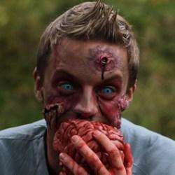Selon une étude américaine le QI moyen des amateurs de films d'horreur se situe entre 70 et 80, ce qui est très peu.