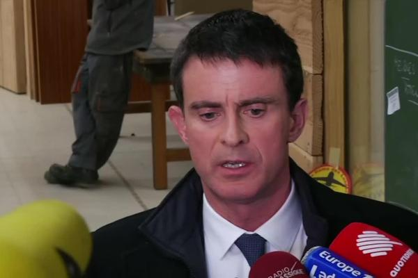 """Valls demande le droit de tuer son agresseur : """"Si Jacqueline Sauvage peut, pourquoi pas moi ?"""""""