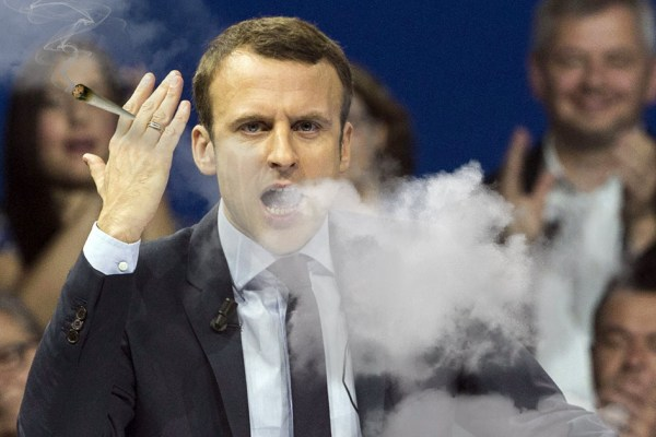 """Emmanuel Macron sur la légalisation : """"Le cannabis apaise les tensions sociales"""""""