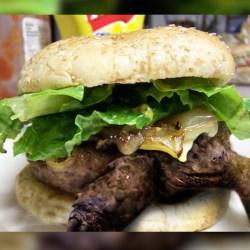 Chine : un restaurant propose des Turtle Burgers, des burgers à base de tortues ... vivantes !
