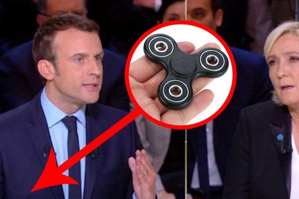 """""""Pour rester calme pendant les débats, j'ai mon Hand Spinner"""" – Emmanuel Macron confie ses trucs et astuces"""