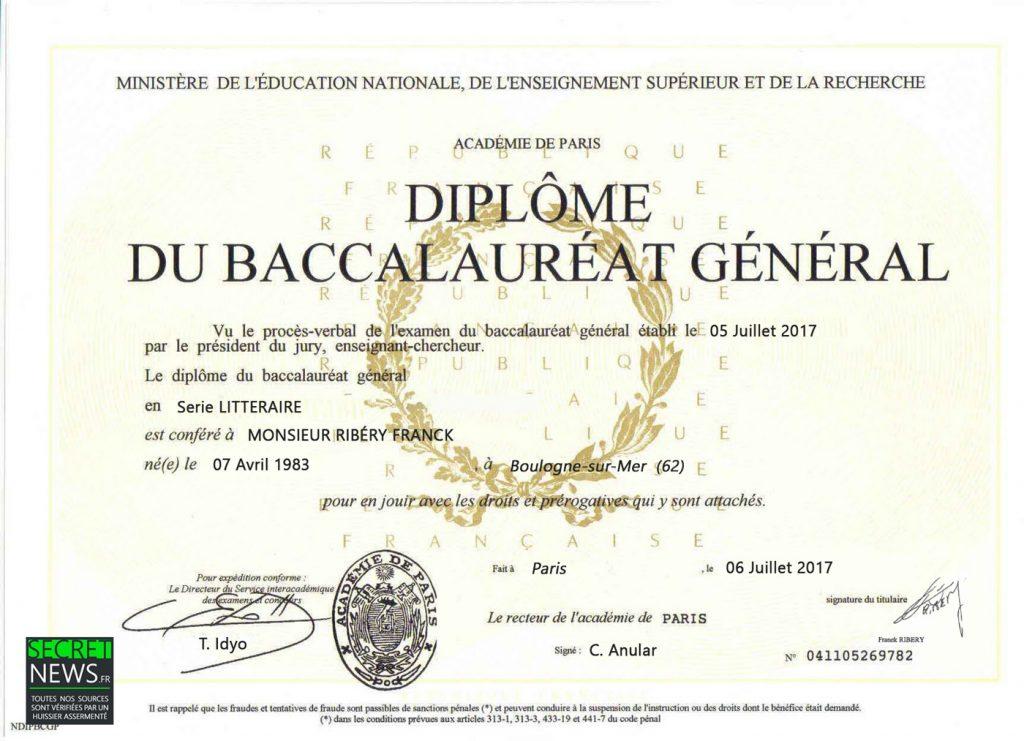 diplome-bac-baccalaureat-franck-ribery-1-1024x741 Franck Ribéry décroche son bac haut la main avec 19 de moyenne !