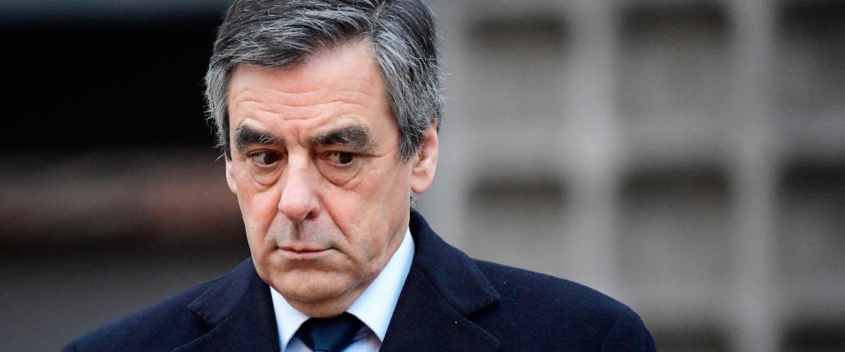 Affaire Grégory : un costume de François Fillon découvert chez le juge Lambert