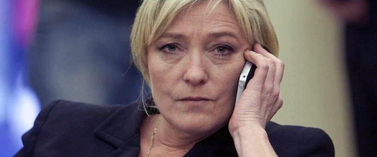 """Marine Le Pen : """"Il faut rester une connasse pour réussir dans ce métier"""""""