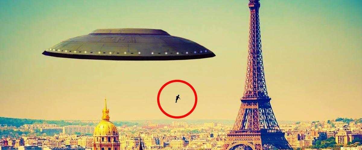 Le gouvernement essaye-t-il de cacher que l'enfant suspendu est un extraterrestre tombé du ciel ?
