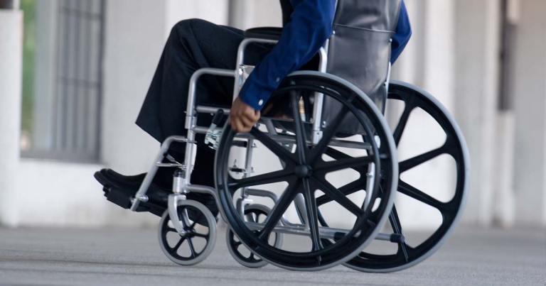 chaise-roulante-handicape SecretNews