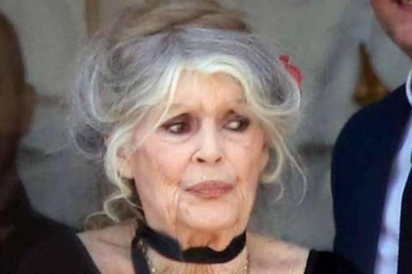 Âge, stress, fatigue … Brigitte Macron méconnaissable