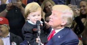 Un enfant de deux ans propose d'offrir son cerveau à Donald Trump