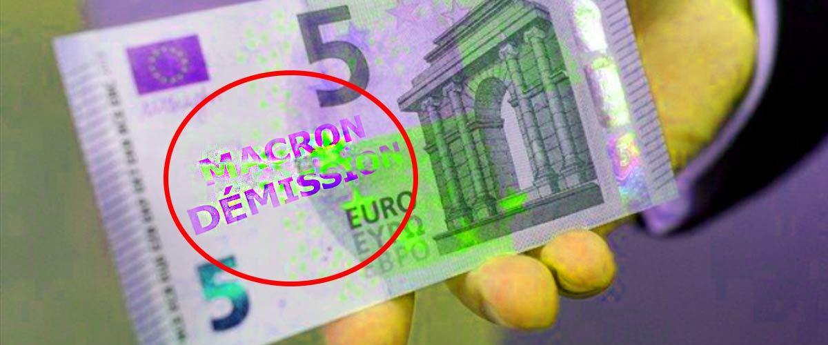 """""""Macron Démission"""" imprimé sur des millions de billets par un Gilet Jaune de la Banque de France"""