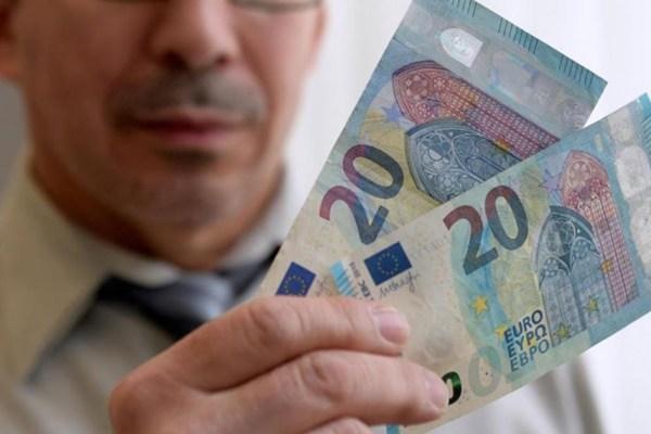 L'homme qui chie des billets de 20 euros, soumis à l'impôt à la source
