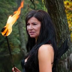 En soutien à l'Australie, Anne Hidalgo met le feu au Jardin des Tuileries