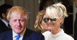 "Lætitia Hallyday va épouser Boris Johnson, ""car on ne sait jamais !"""