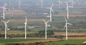Écologie : le Conseil d'État interdit les ventilateurs géants et ordonne leur démantèlement