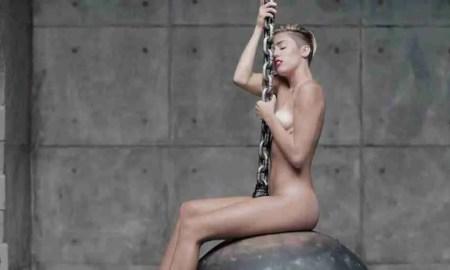 """Imagen del videoclip de """"Wrecking ball"""", de Miley Cyrus."""