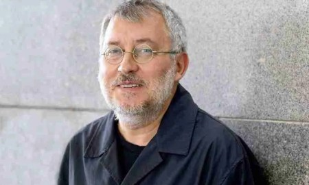 Jorge Riechmann, después de la entrevista. Manolo finish