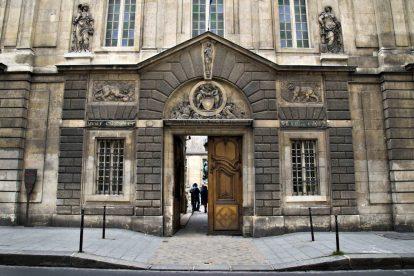 Carnavalet Museum