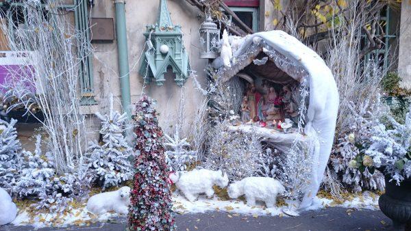 Christmas Facade Paris