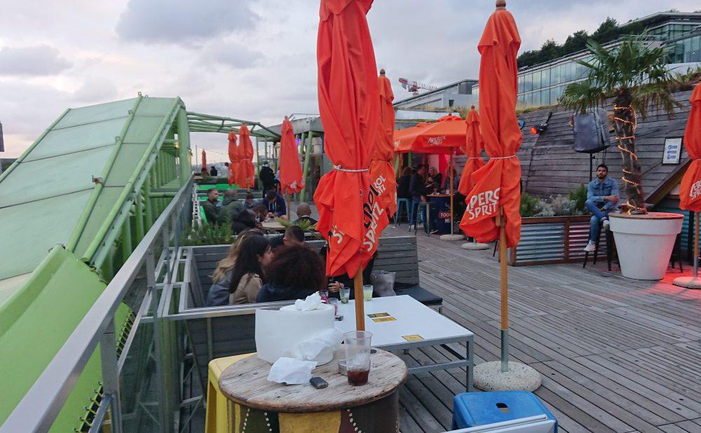 café oz rooftop bar