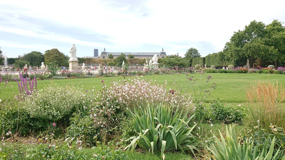 Flower beds at the Tuileries