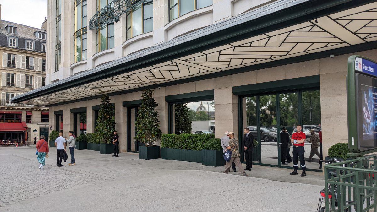 Hotel replaced La Samaritaine