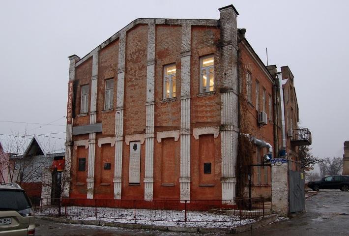 У Києві горе-забудовник зносить 100-річні пам'ятники архітектури – будинки Лук'янівського депо