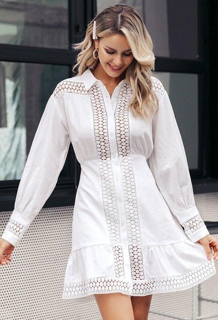 Sukienka Biała Koronkowa z Długim Rękawem
