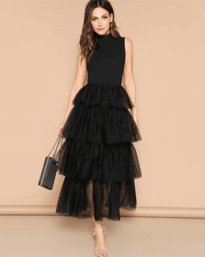 Sukienka Czarna Tiulowa z Falbankami Maxi