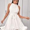 Sukienka Biała z Falbanką Bez Rękawów Mini