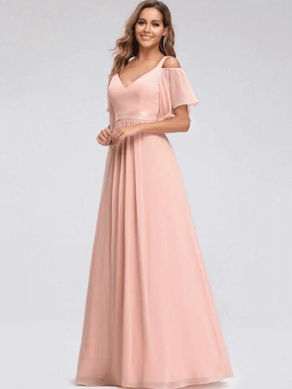 Secret Wish Boutique Sukienka Długa Brzoskwiniowa Rozkloszowana z Odsłoniętym Dekoltem Maxi_03