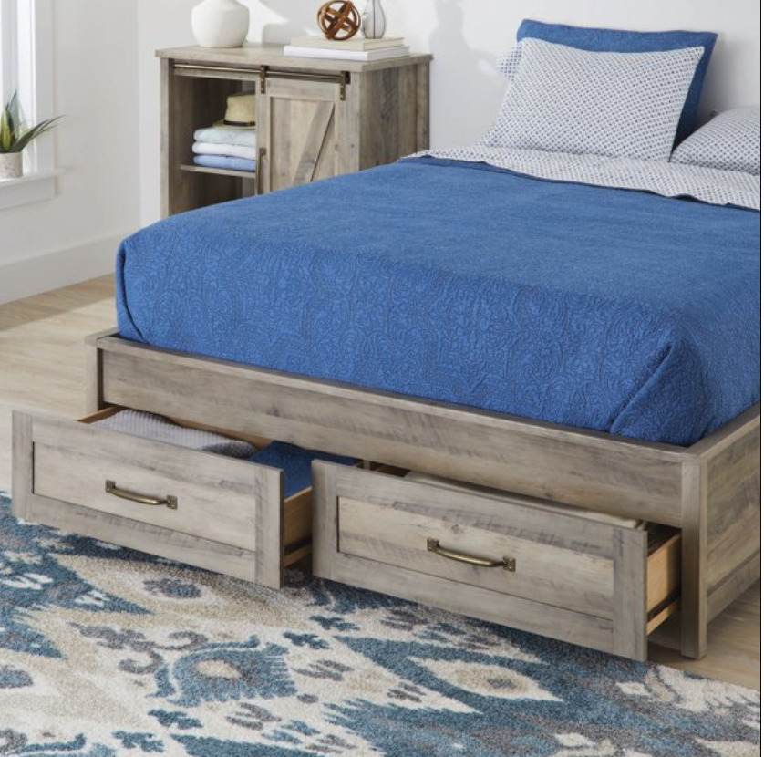 Small Space Furniture: A platform bed