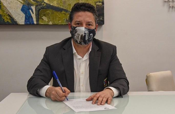 MERLO: MENÉNDEZ LE AUMENTÓ EL 30% DEL SALARIO A LOS MUNICIPALES