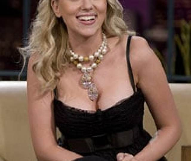 Scarlett Johansson Women Actresses Are Victims Of Hollywood Ageism