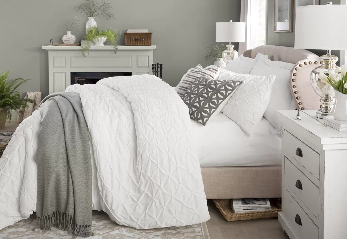 Darby Home Co Nielsen Upholstered Panel Bed & Reviews